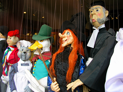 Puppets Talk, Children Listen