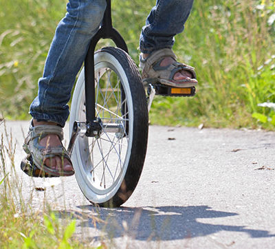 The Attraction of Unicycles: A Lesson for Learning Complex Skills